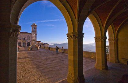 foto-san-marino--Portico-del-Palazzo-corso